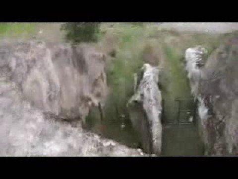 MYCENAEAN CHAMBER TOMBS THEBES BOEOTIA HELLAS