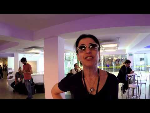 "Fernanda Torres no #ProgramaDiferente: Tempos ""normais""? Ou de ""tapas e beijos""?"