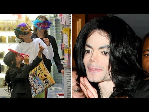 Michael Jackson Takes Paris, Prince And Blanket Toy Shopping In Beverly Hills [2009]