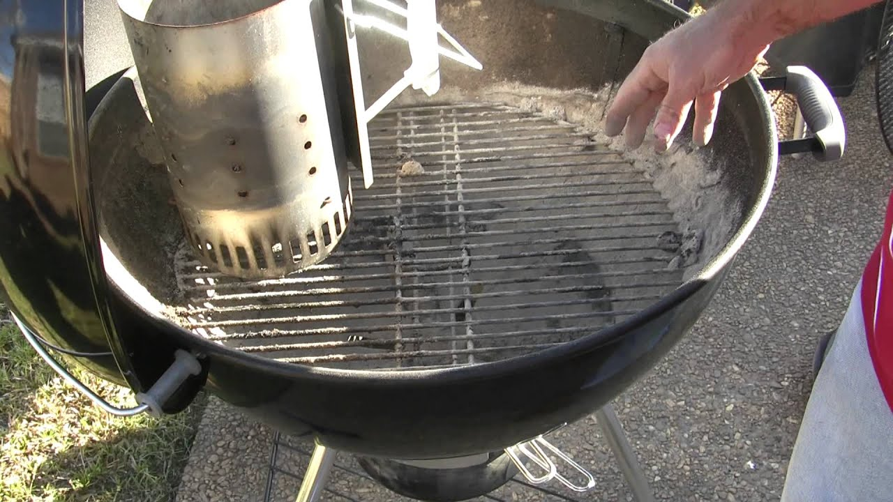 how to prepare a weber charcoal grill for direct method. Black Bedroom Furniture Sets. Home Design Ideas