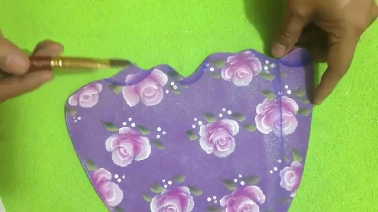 Como hacer vestidos en foami youtube for Como disenar un jardin paso a paso
