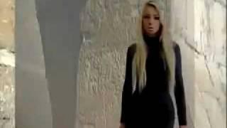 Первый клип Amatue -  Chicken Itza (Курица Изя)
