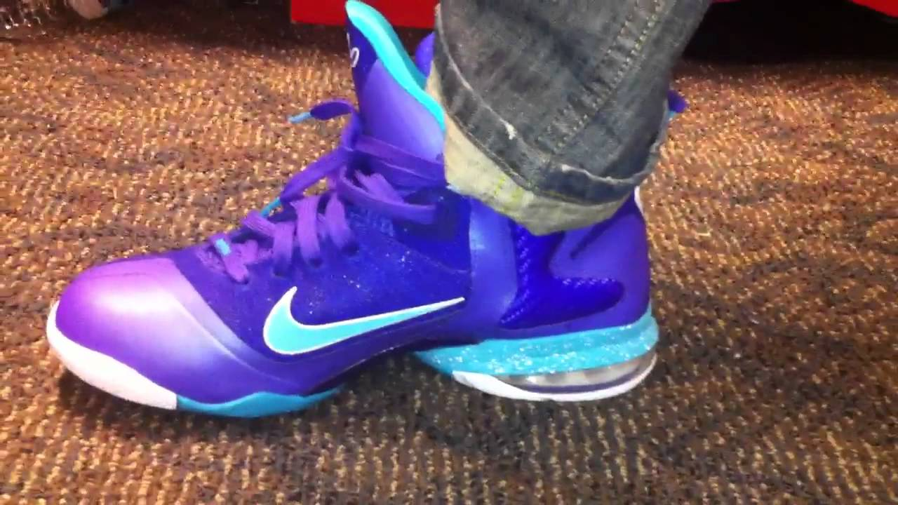 outlet store 2252d 1505e Lebron 9 Summit Lake Hornets On Feet - YouTube