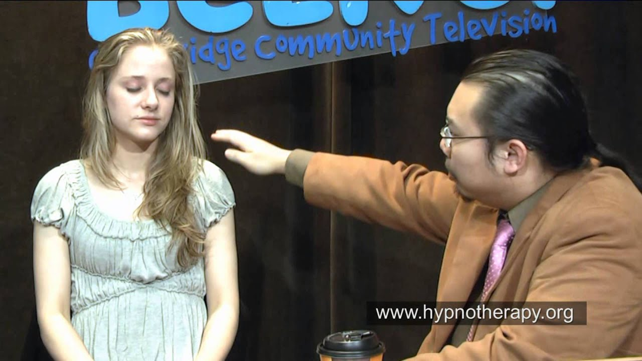 Hypnosis: Blonde Girl Hypnotized on Live TV