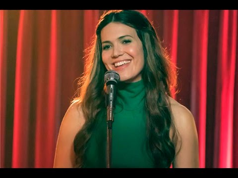 This Is Us: Mandy Moore Defends Rebecca's Singing Career