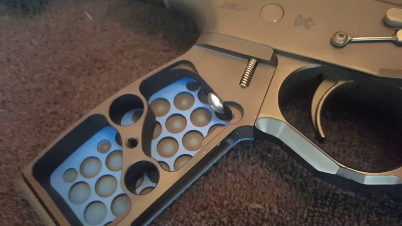 EXECUTIVE ORDNANCE Balls Blue/Black-Standard Pistol grip