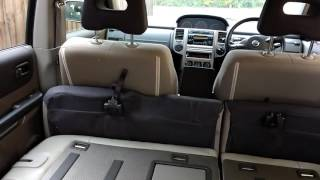 Nissan X-Trail T30 Ground clearance and interior cargo space.