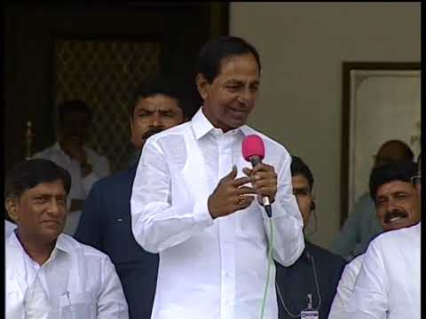 CM Sri KCR Interacting with Milk Producers