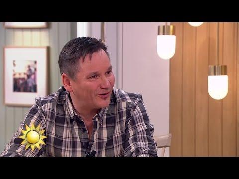 Han köper 100 trisslotter var tredje månad - Nyhetsmorgon (TV4)