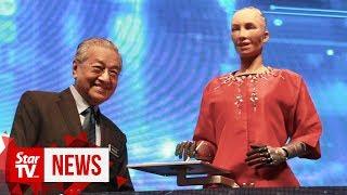 Dr M meets Sophia the 'social humanoid' robot