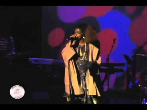 Lauryn Hill ex Factor LivE