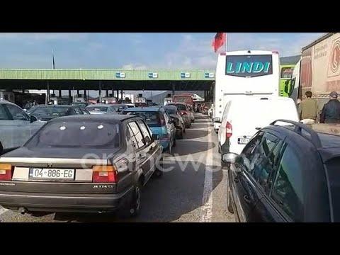"""Download Shqipëria """"mbyll"""" kufijtë, radhë të gjata në kufi me Kosovën, refuzime në Qafë Thanë"""