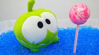 Om Nom. Toy's adventures - Fun kids' video.