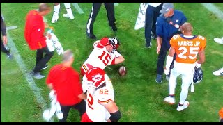 Patrick Mahomes Injured Again vs Broncos! Knee Popped Back In! TNF October 17, 2019