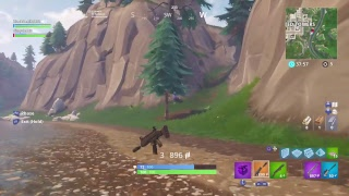 Fortnite trolling people on playground with this invisible glitch