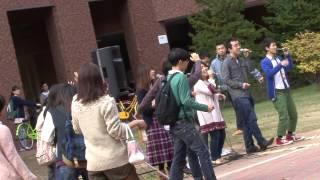 Flash mob 『突然大合唱』~退屈な昼下がりに「驚き」と「笑顔」を~