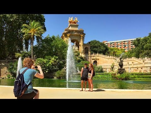 Barcelona Walk - CITADEL PARK on a Summer's Day incl. Waterfall and Boating Lake - Catalonia, Spain