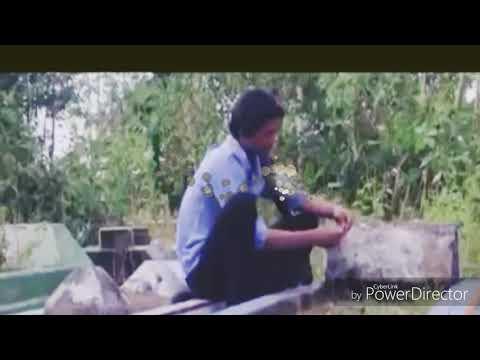 LUCU NGAKAK, VIDEO KETEMU POCONG DI KUBURAN