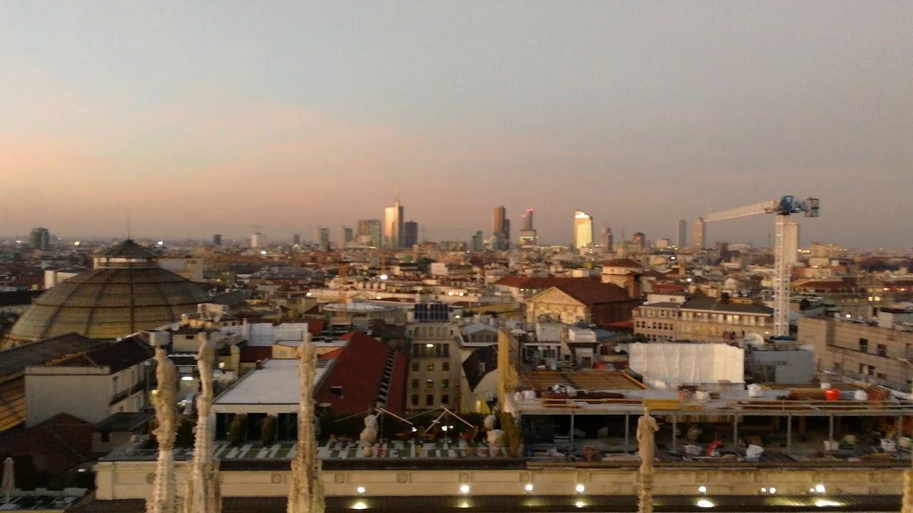 Terrazze Duomo Di Milano Al Tramonto