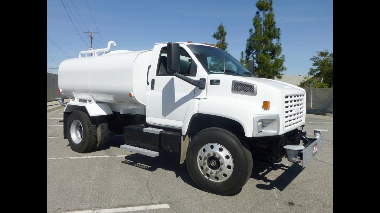 2003 Chevrolet C7500 2200 Gallon Water Truck - YouTube