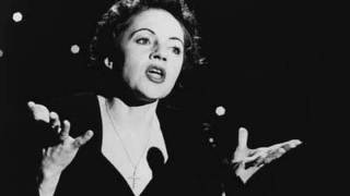 Watch Edith Piaf Le Petit Monsieur Triste video