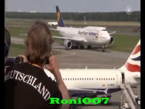WM 2014 :Deutsche Nationalmannschaft in Berlin gelandet -  Ankunft der Weltmeister 2014