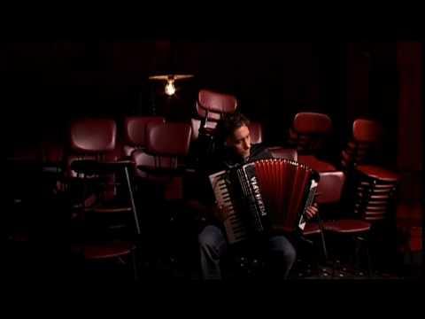 Yann Tiersen - La Veillée (HD)