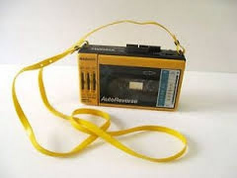 1987 Magnavox D6643 Portable AM/FM/Cassette Player