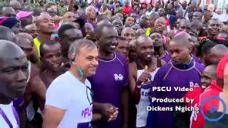 DP Ruto shares light moment with marathoners just before Beyond Zero Marathon flag-off
