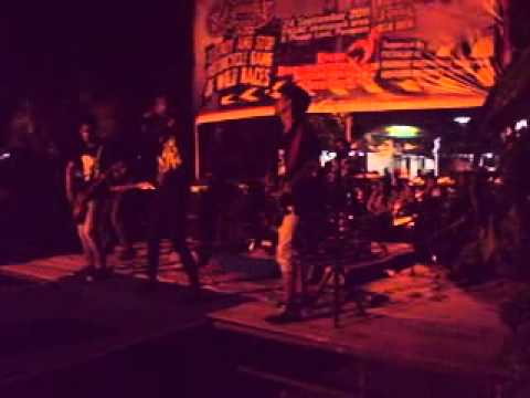 Staine - Semakin ( Cover D'Masiv )