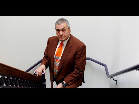 Under Mueller Scrutiny, Democratic Donor Tony Podesta Resigns From Lobbying Firm