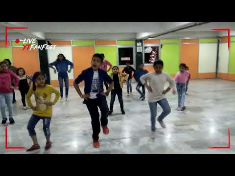 Hole hole gidhe vich nach patlo dance by kid's (evening class DC Montessori school Manimajra Chandig
