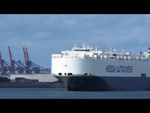Shipspotting - HOEGH ASIA - Vehicles carrier vessel #182