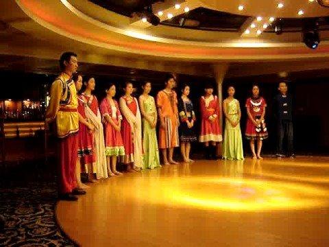 Fashion Cultural Show Finale Yangtze River Cruise