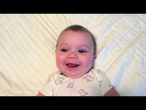 Baby's first year in 2 minutes (video time-lapse)