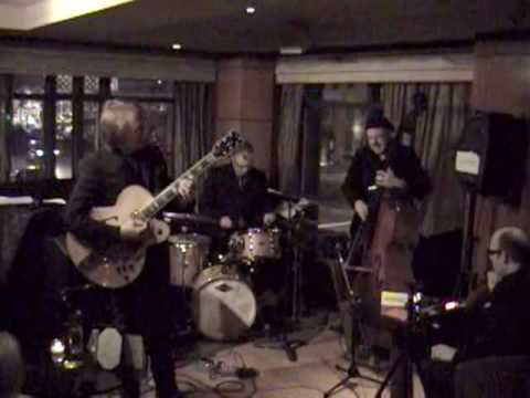 Jazzkat Amplifiers Presents Randy Johnston Trio Playing Beautiful Love