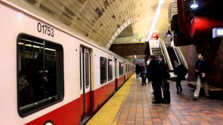 MBTA Subway: Outbound Red Line Train at Porter Square
