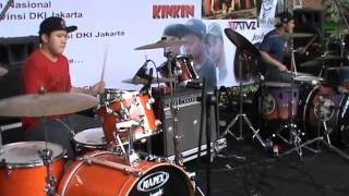 Kevin Sugito & Eno Netral drum jamming (2013)