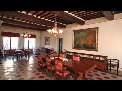 9 Bedroom Luxury Villa in Tuscany - Villa Capolona