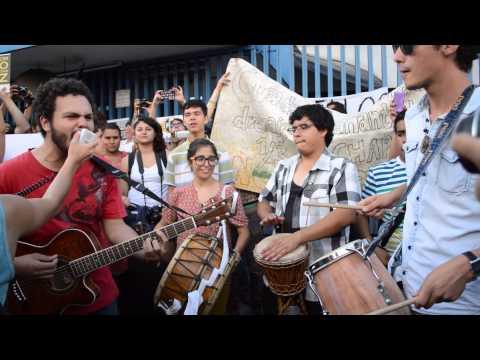 Manifestación contra la Ley Telecom Gdl- canción Gimme the power