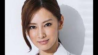 最近DAIGOとの関係で話題の北川景子。 その高校時代の姿があまりに...