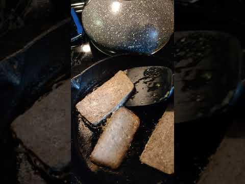 cooking-scrapple-at-home.-how-to-make-the-perfect-scrapple.