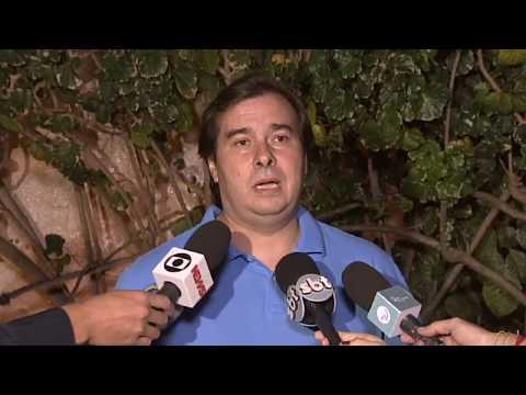 Maia critica uso das Forças Armadas e volta a defender redução de impostos | 25/05/2018