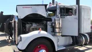 1961 Kenworth 925 and A 1960 KW 923 Jake Braking At TFK 2014