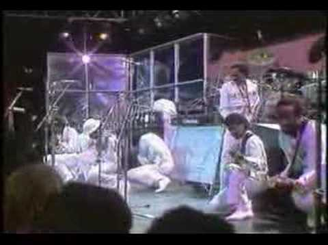 Kool and the gang  - Too hot (live)