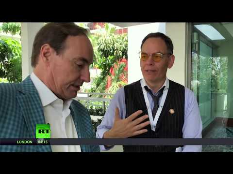 Keiser Report: Spiking Debt (E1207)