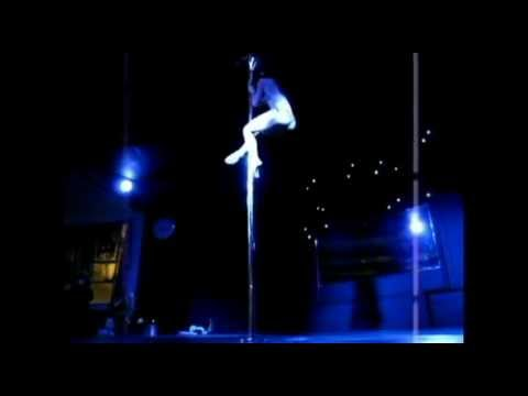 Jenyne Butterfly Performs at Deb Riley's British Pole Dance Academy
