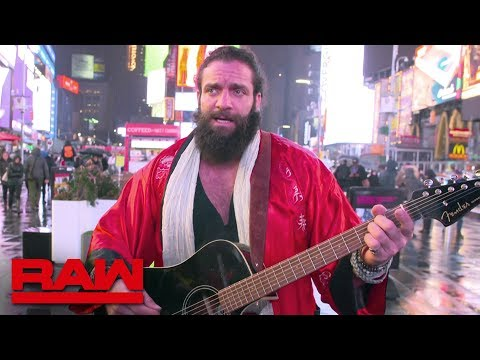 Elias tours New York City before WrestleMania: Raw, March 25, 2019