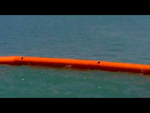 Offshore Mockdrill   Part III Boom and skimmer in action