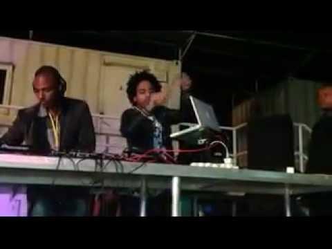 DJ V.M live in Patakas (Ilha de Luanda) @festa dos times